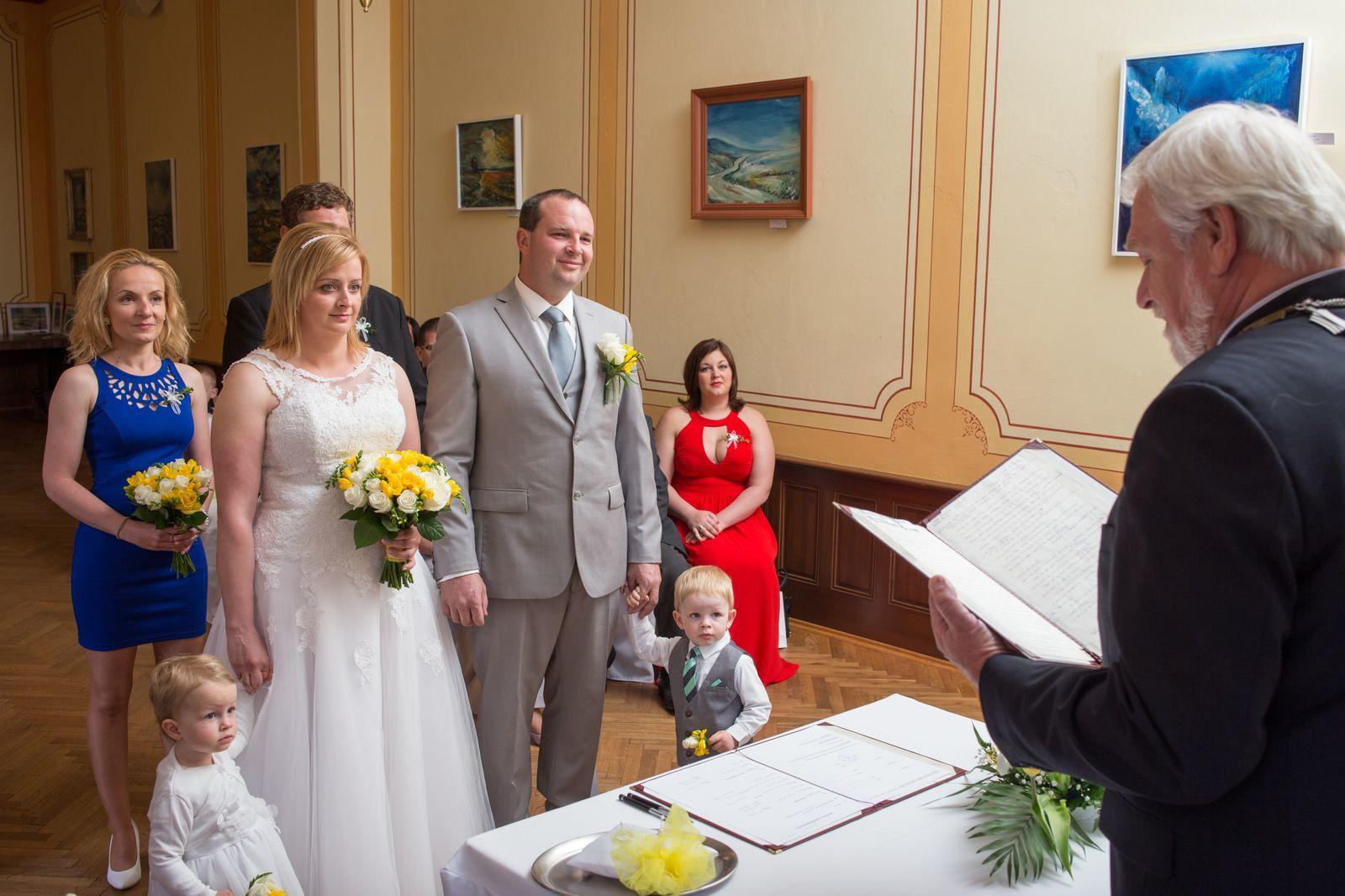 Svatba v obci