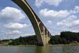 Podolský most z pohledu vodáka